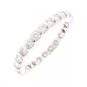 Alliance tour complet diamants 0.96 carat en or blanc