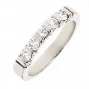 Alliance diamants 0.55 carat en or blanc