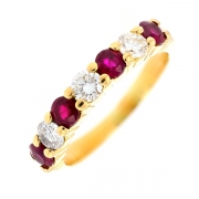 Demi-alliance diamants 0.51 carat et rubis 0.60 carat en or jaune
