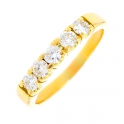 Bague jarretière diamants 0.64 carat en or jaune