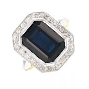 Bague saphir 2.50 carats et diamants 0.20 carat en or bicolore