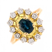 Bague marguerite saphir 1.30 carat et diamants 0.72 carat en or bicolore