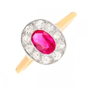 Bague rubis 0.59 carat et diamants 0.35 carat en or bicolore
