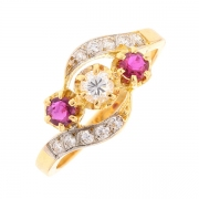 Bague tourbillon diamants 0.25 carat et rubis 0.10 carat en or bicolore