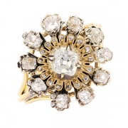 Bague fleur diamants 0.60 carat en or bicolore