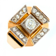 Bague Vintage diamants 0.66 carat 2 ors