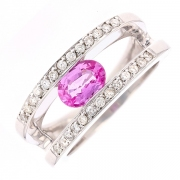 Bague diamants 0.26 carat et saphir rose 0.70 carat en or blanc