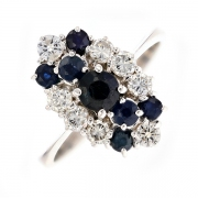 Bague marquise saphirs et diamants 0.64 carat en or blanc