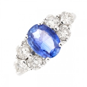 Bague saphir 1.88 carat et diamants 1.32 carat en or blanc