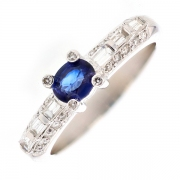 Bague saphir 0.43 carat et diamants 0.46 carat en or blanc