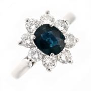 Bague marguerite saphir 0.95 carat et diamants 0.88 carat en or blanc
