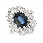 Bague marguerite saphir 2.21 carats et diamants 2.50 carats en or blanc et platine