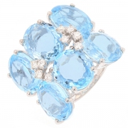 Bague topazes bleues et diamants 0.35 carat en or blanc