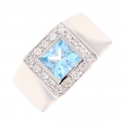 Bague topaze 1.30 carat et diamants 0.24 carat en or blanc