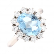 Bague marguerite aigue marine 1.97 carat et diamants 0.60 carat en or blanc