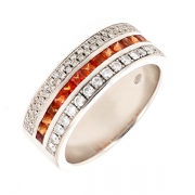 Bague diamants 0.57 carat et topazes en or blanc