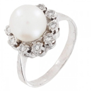 Bague perle de culture et diamants 0,10 carat en or blanc - Vintage