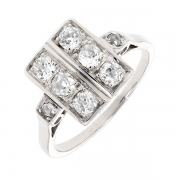 Bague ART DECO rectangulaire diamants taille ancienne 0.96 carat en or blanc