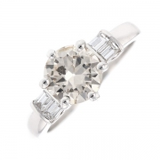 Solitaire diamants 1.83 carat en or blanc avec certificat