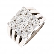 Bague carrée diamants 2.35 carats en or blanc