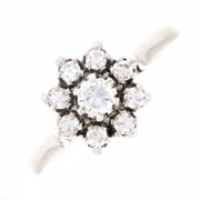 Bague fleur diamants 0.38 carat en or blanc