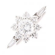 Bague fleur diamants 1.18 carat en or blanc
