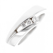 Bague trilogie de diamants 0.18 carat en or blanc