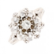 Bague fleur diamants 0.14 carat en or blanc