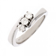 Bague trilogie diamants 0.30 carat en or blanc