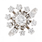 Bague fleur diamants 1.20 carat en or blanc