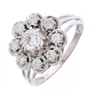 Bague fleur diamants 0,95 carat en or blanc