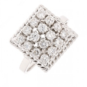 Bague carrée pavage de diamants 0.80 carat en or blanc