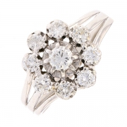 Bague fleur diamants 0.55 carat en or blanc