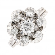 Bague fleur diamants 0.60 carat en or blanc