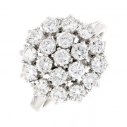 Bague florale diamants 1.14 carat en or blanc