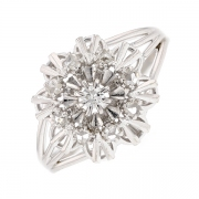 Bague fleur vintage diamants 0.06 carat en or blanc