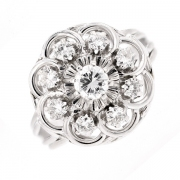 Bague fleur diamants 0.80 carat en or blanc