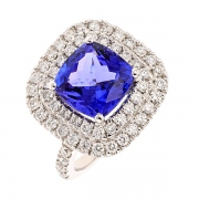 Bague tanzanite 3.88 carats et diamants 1.20 carat en or blanc