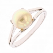 Bague perle de culture blanche en or blanc