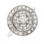 Bague anicenne diamants en or blanc