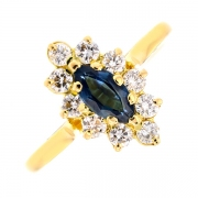 Bague marquise saphir 0.78 carat et diamants 0.42 carat en or jaune