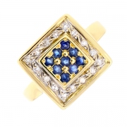 Bague carrée saphirs et diamants 0.16 carat en or jaune