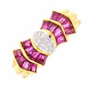 Bague papillon rubis 0.85 carat et diamants 0.10 carat en or jaune