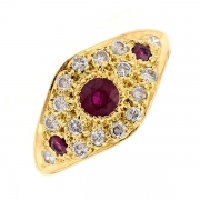 Bague diamants 0.24 carat et rubis en or jaune