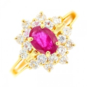 Bague marguerite rubis 0.68 carat et diamants 0.54 carat en or jaune