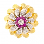 Bague fleur vintage rubis et diamants en or bicolore