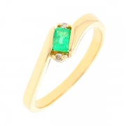 Bague émeraude et diamants 0.02 carat en or jaune
