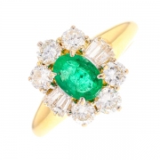 Bague marguerite émeraude 0.64 carat et diamants 1.28 carat en or jaune