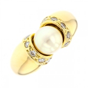 Bague perle et diamants 0.35 carat en or jaune