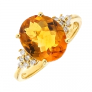 Bague citrine 3.30 carats et diamants 0.13 carat en or jaune